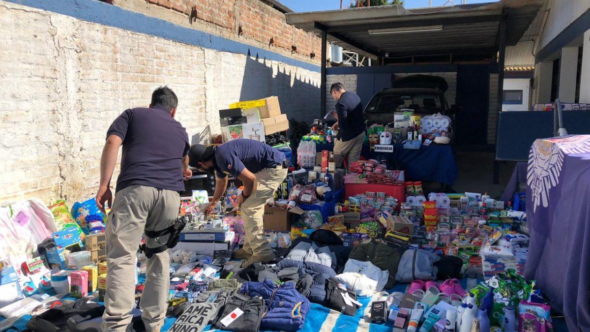 PDI de Villa Alemana detiene a integrantes de clan familiar involucrado en al menos dos saqueos a supermercados.