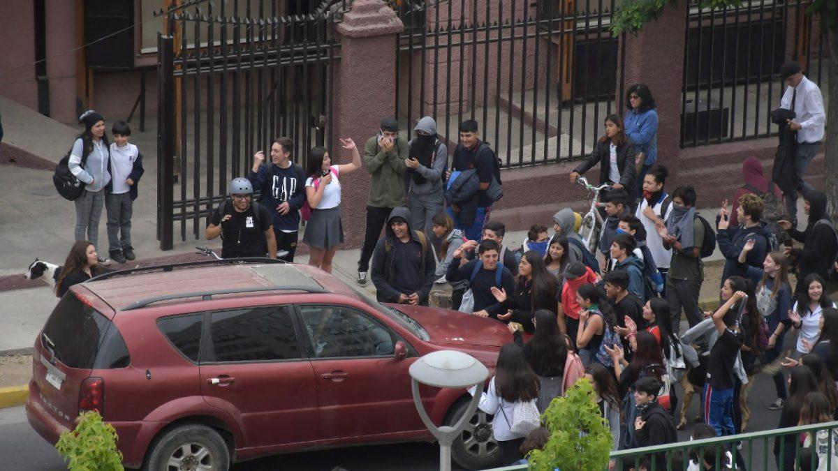 Alumnos de enseñanza media se sumaron a las manifestaciones en Villa Alemana