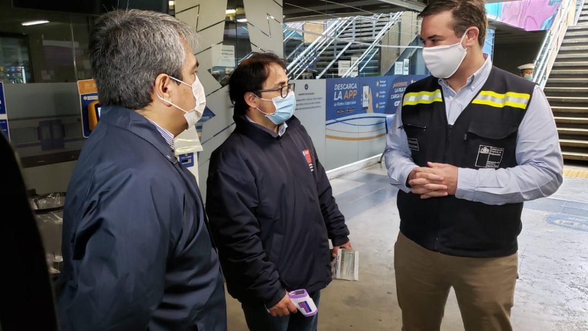 Autoridades fiscalizan uso obligatorio de mascarilla en Metro Valparaíso