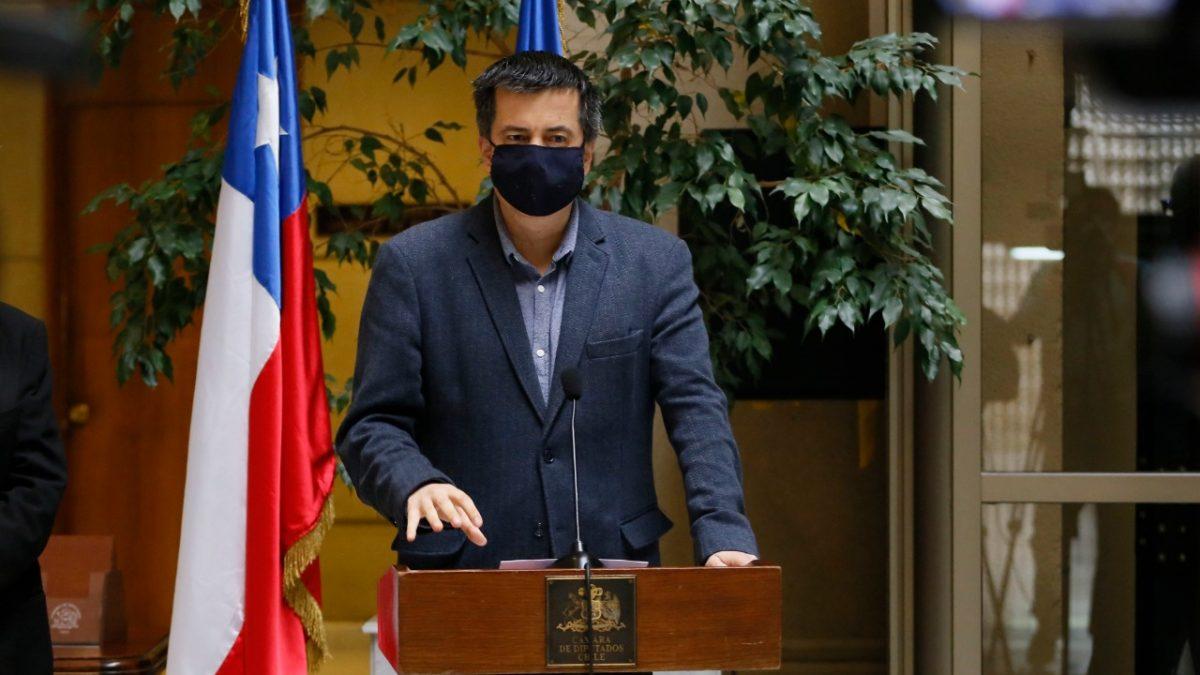 Diputado Andrés Celis fiscaliza deudas en pagos a proveedores del Estado