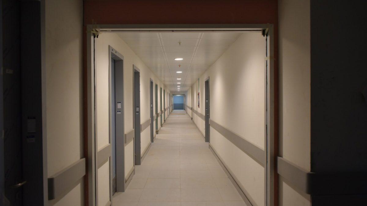Obras del nuevo Hospital Claudio Vicuña alcanzan un 50% de avance