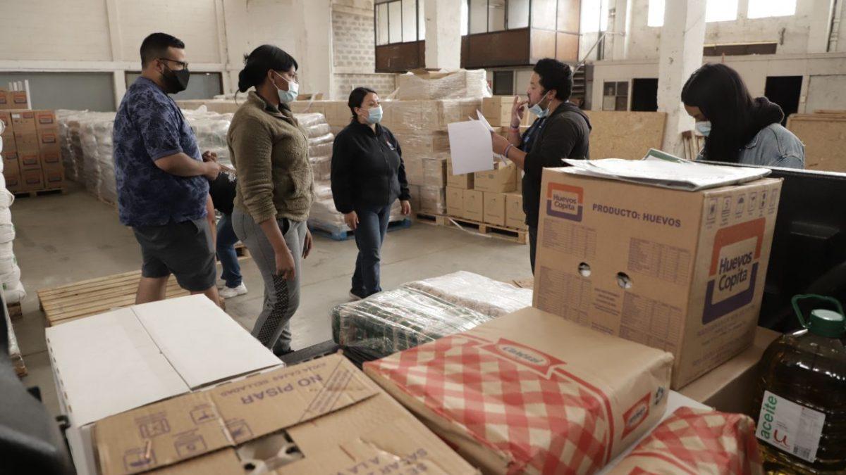 Municipio porteño sigue entregando más de 100 mil kilos de alimentos en las Ollas Comunes de Valparaíso