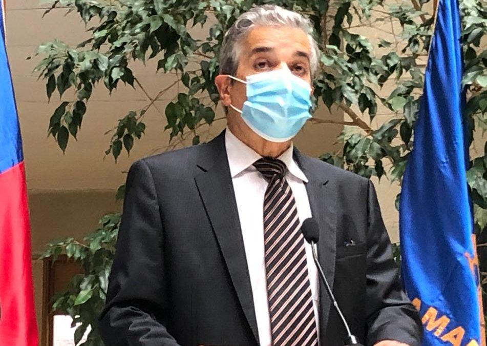 """Diputado Daniel Verdessi (DC) ante escepticismo por las vacunas en contra del Coronavirus: """"Los estudios realizados en Chile y el mundo demuestran que es imposible que una persona se contagie de COVID 19 con la vacuna"""""""