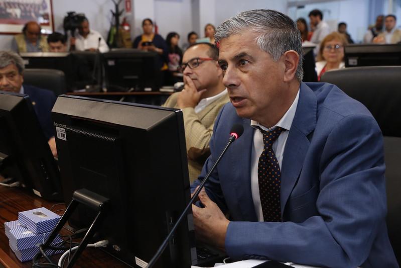 Manuel Millones pide apurar vacunación para choferes de Transporte Público y Escolar