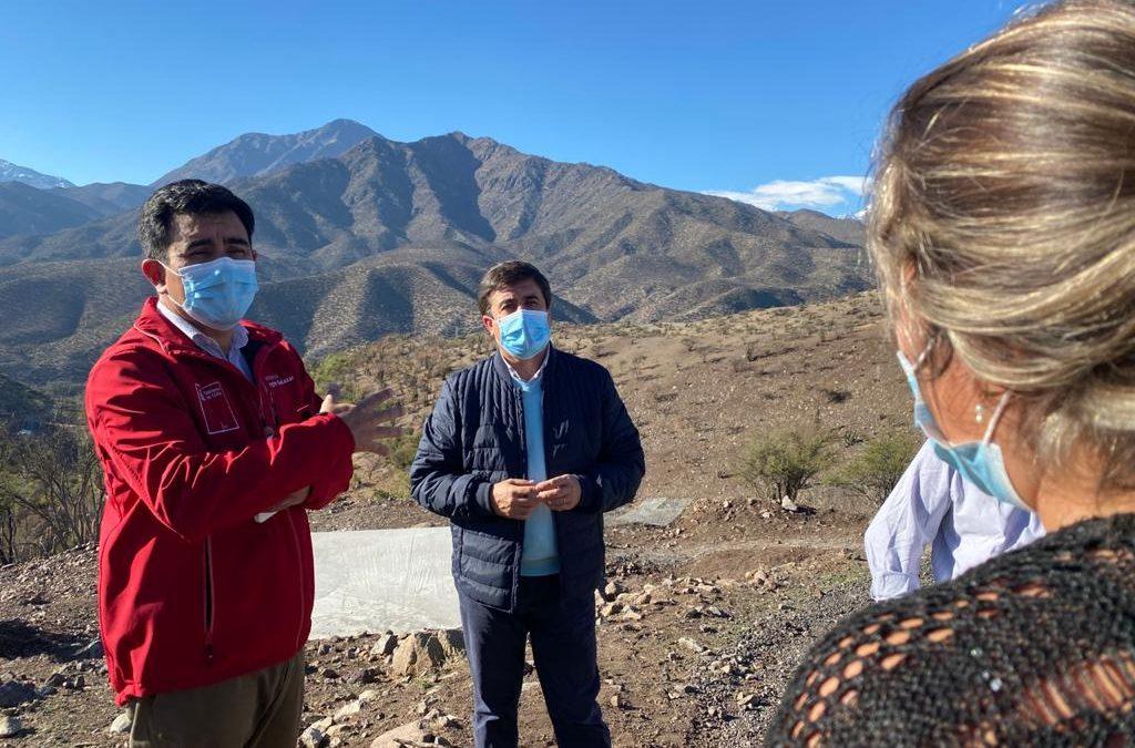 Familias de Las Vizcachas cuentan con nuevo estanque de agua potable para solucionar problema de abastecimiento