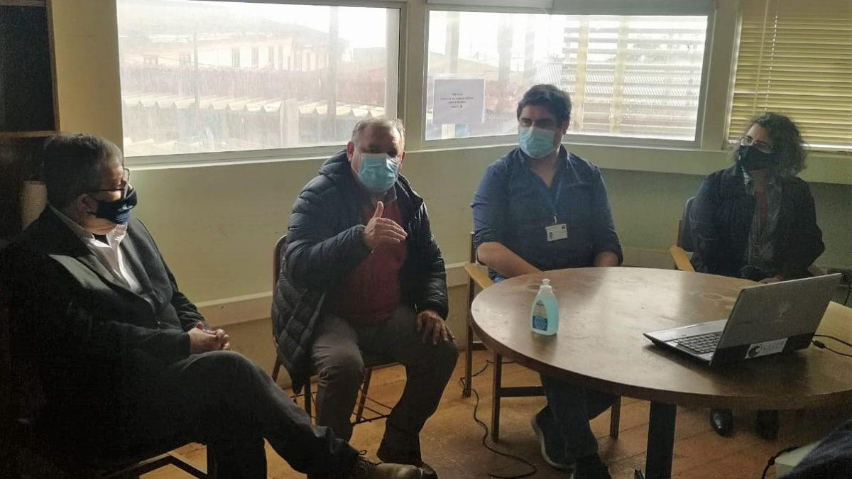 Gobernador electo de Valparaíso visitó Centro de Investigación HUB Ambiental de la UPLA