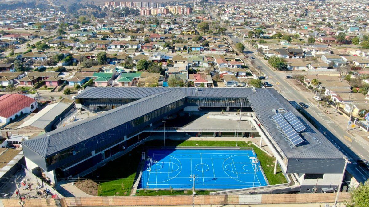 Construcción de Instituto Bicentenario en San Antonio ya está en su etapa final