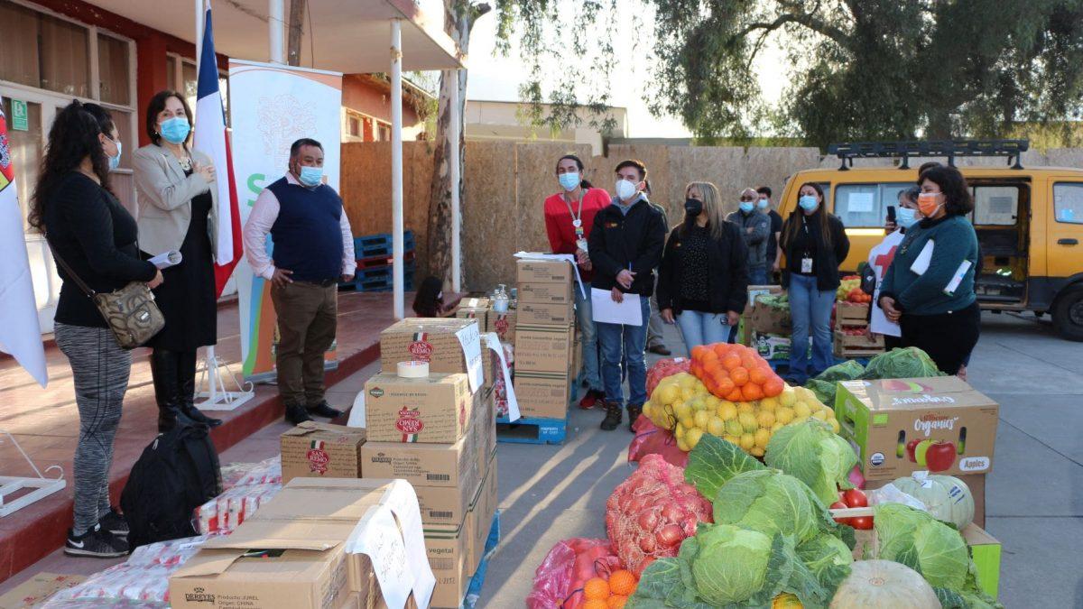 Municipio de San Felipe entrega más de 12 millones de pesos en alimentos para ollas comunes de San Felipe