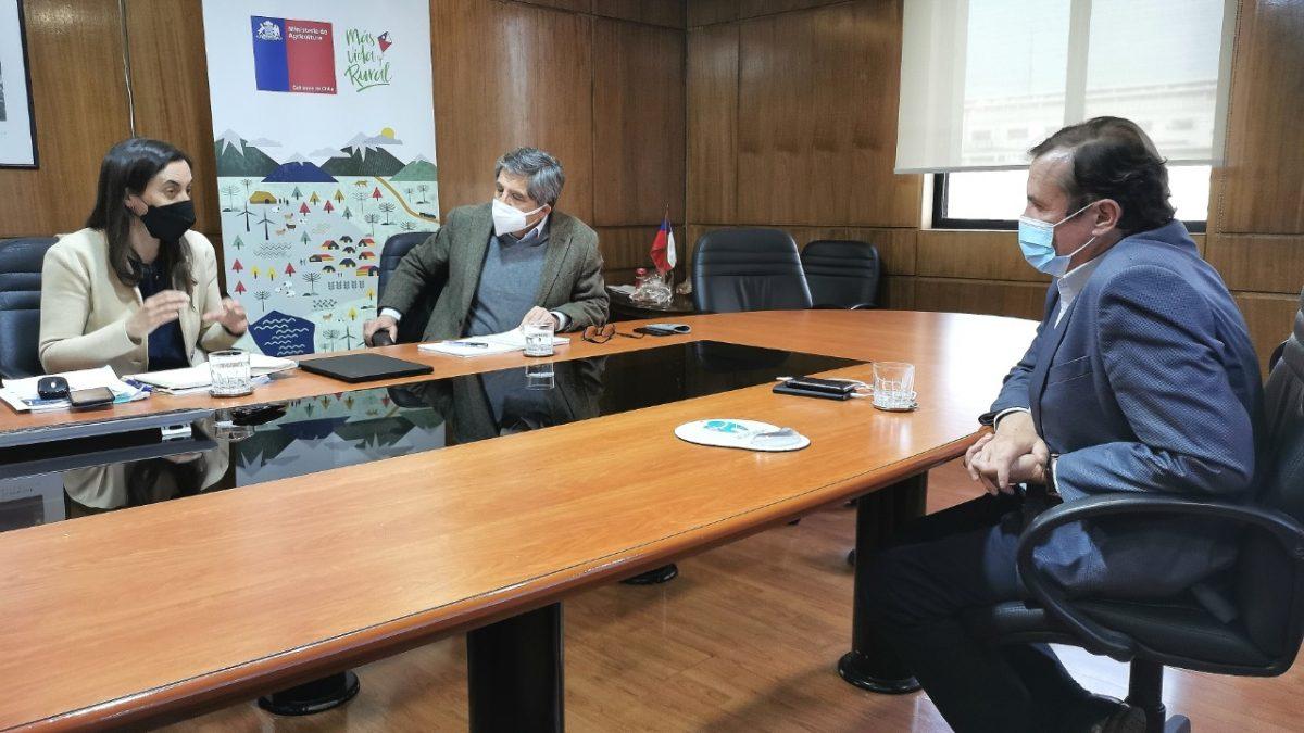 Diputado Pardo solicitó declarar zona de emergencia agrícola para todas las comunas continentales de la región
